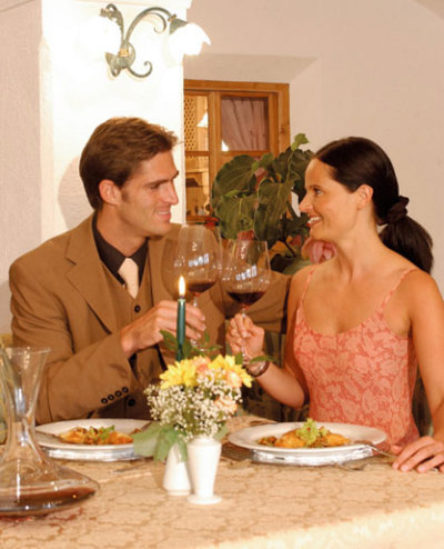 Abendessen / Zum Vergrößern auf das Bild klicken