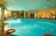 Schwimmbad - Hallenbad / Zum Vergrößern auf das Bild klicken
